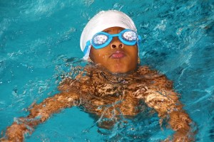 swimming-course-619088_640